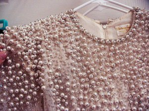 pearl-dress-close-up