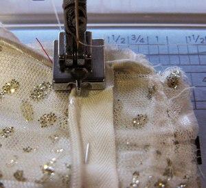 5-attach-zipper