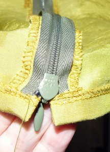 12-lower-edge-zipper