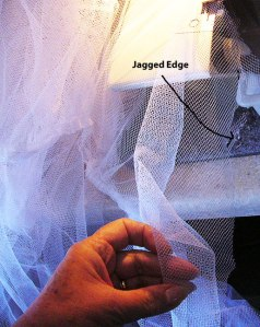 jagged-edge-netting-hem