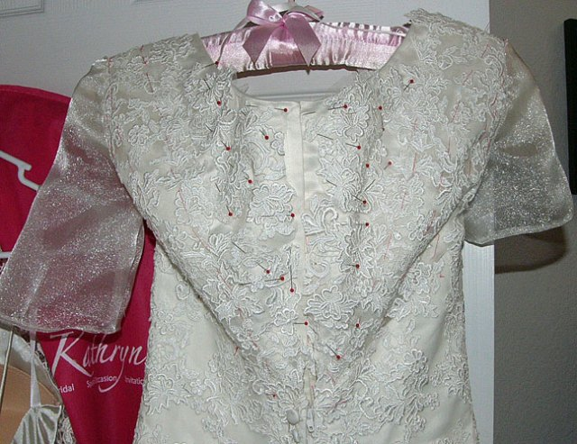 back-lace-sleeves
