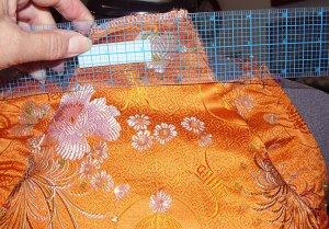 21-remove-neck-fabric