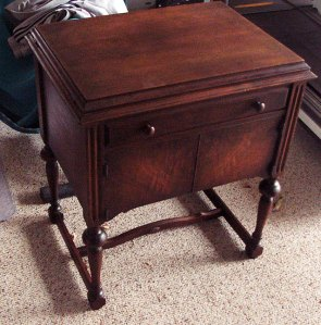 sewing-cabinet-2