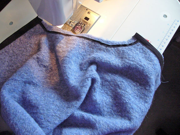 blue-robe-3
